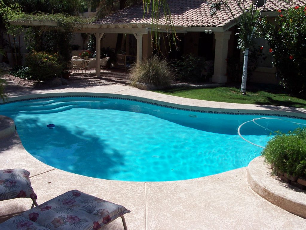 Cleaning A Vinyl Liner Pool Pool Service Phoenix Az Express Pool Care