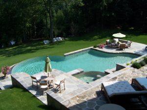 drain a pool