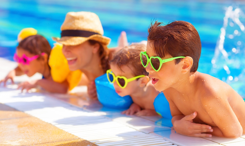How to make swimming fun for your children