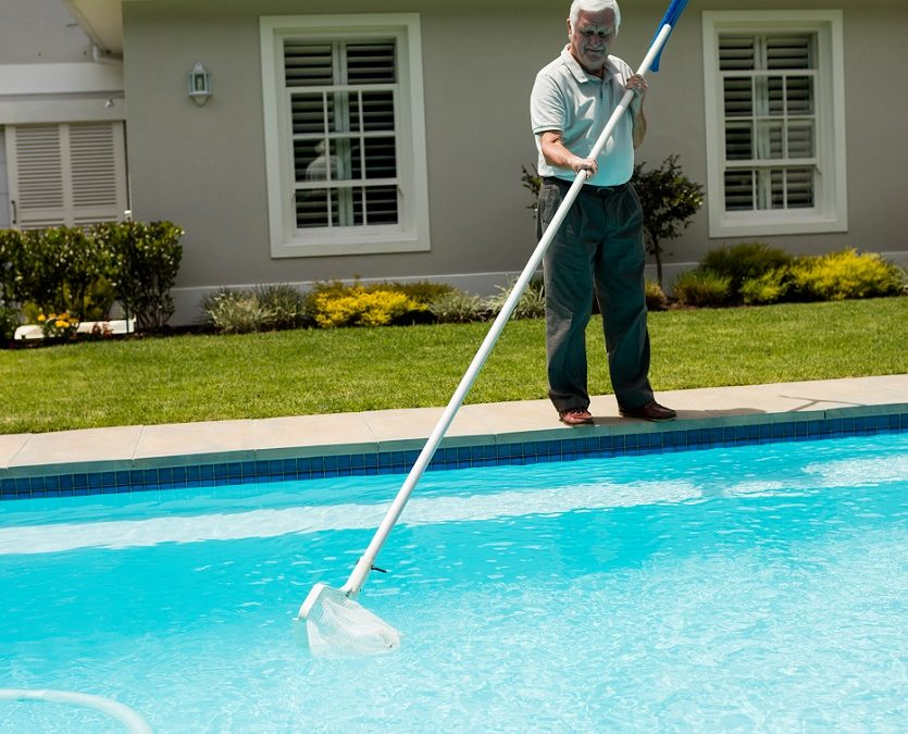 Pool Care 101: Vacuum A Pool